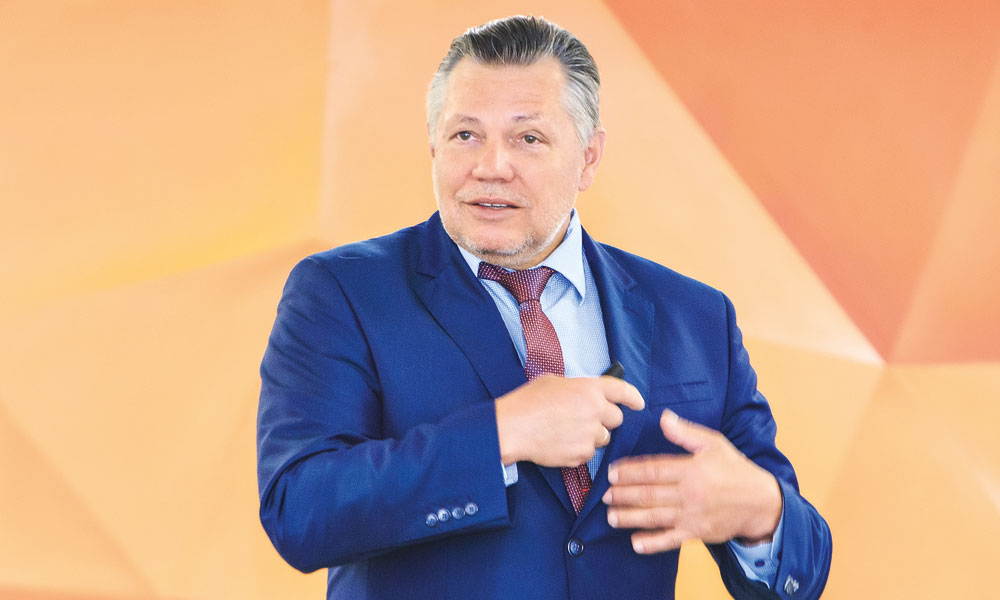 Евгений Зайцев на семинаре «Управление малым и средним бизнесом на нестабильных рынках» 16+